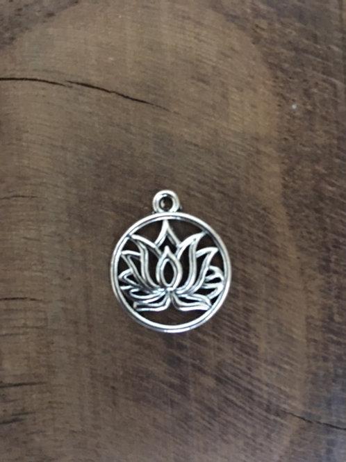 Pendentif Fleur de Lotus - Laiton argenté