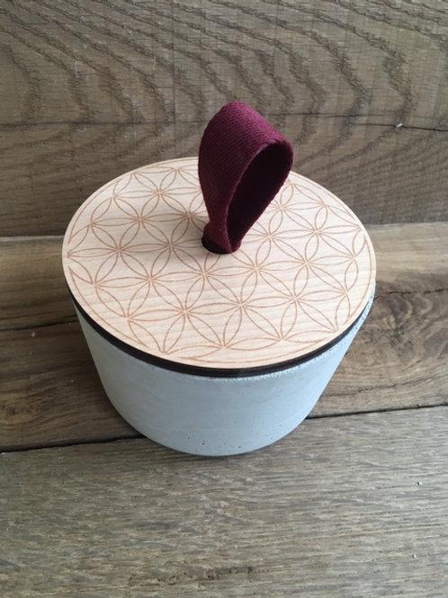 Boite en béton ronde - Couvercle hêtre - Fleur de Vie