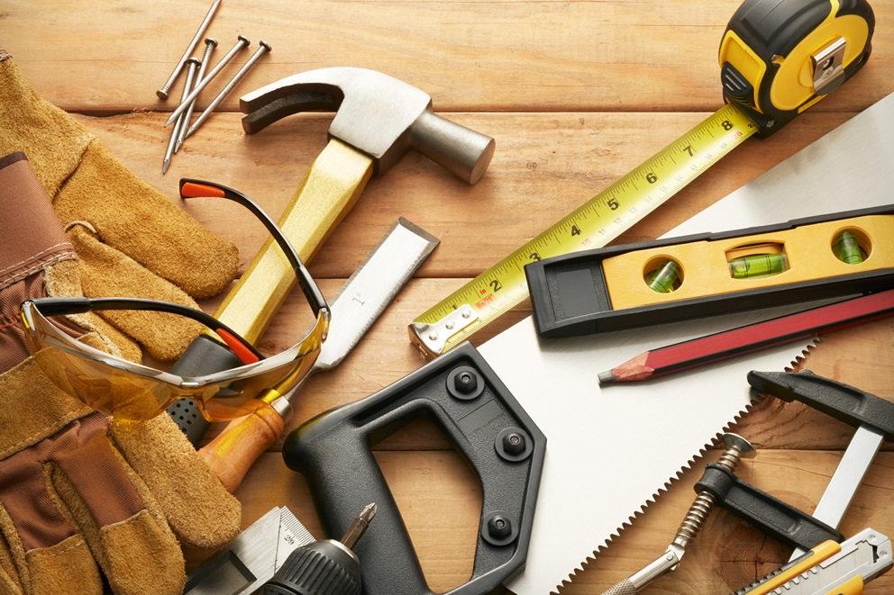 Tømrer / Snekkertjenester