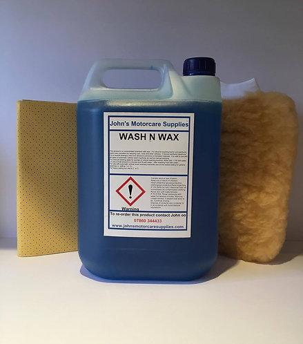 Wash & Wax 2.5L With Free Chamois Leather & Wash Mitt