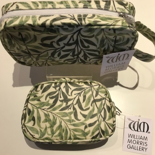 WILLIAM MORRIS-FULLY LICENSED labelled WILLIAM BOUGH GREEN Cosmetic Bags