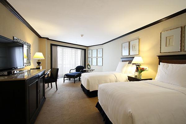 Deluxe-room-Twin-Bed.jpg