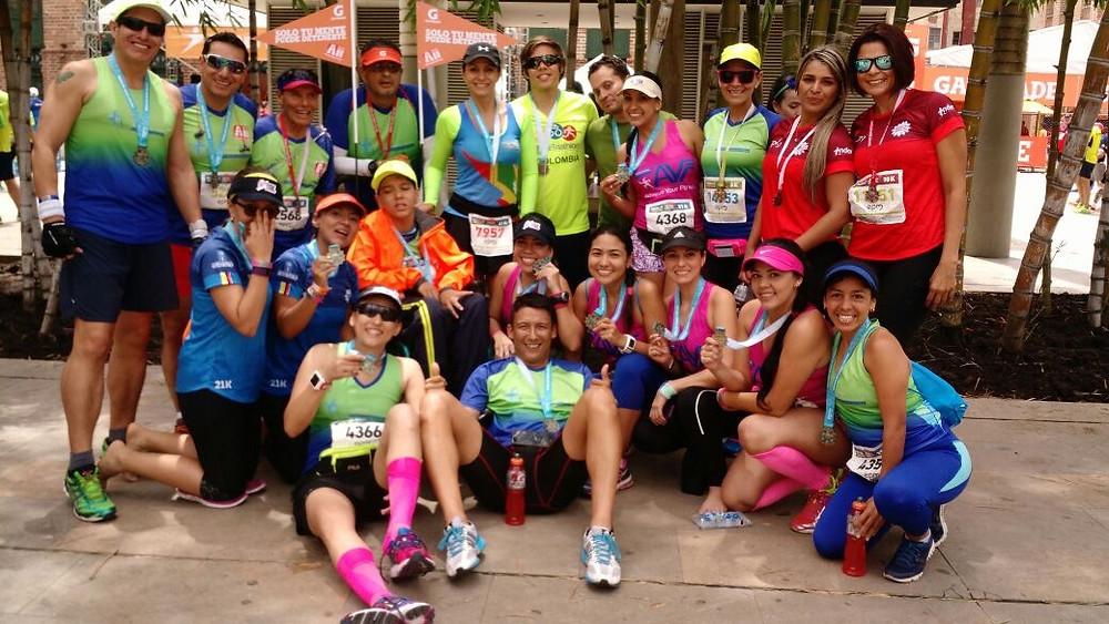 Todo el equipo de Barranquilla con su medalla.