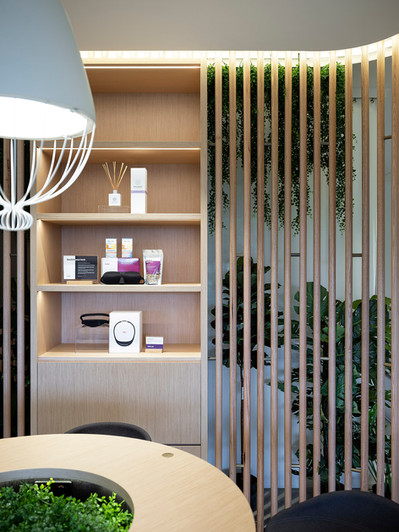 McCartney Design_ResMed_slat_wall_displa
