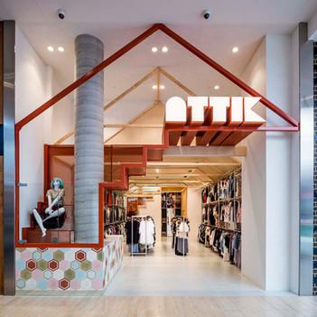 ATTIK-Sydney-mannequin-fashion-stairs-ar