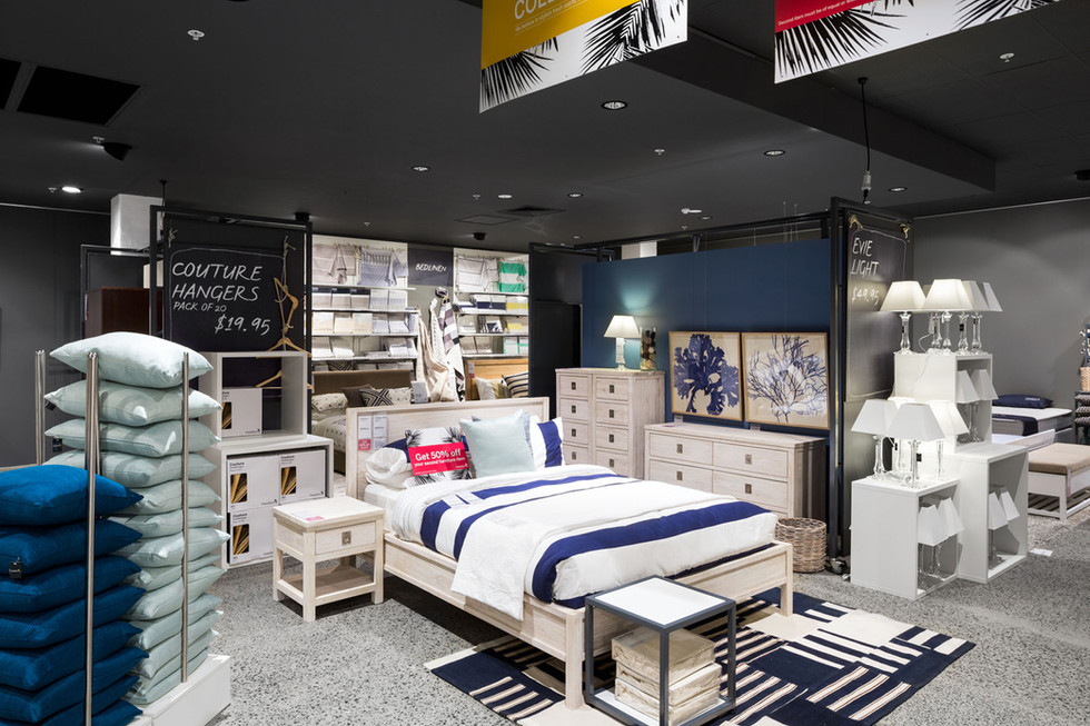 freedeom-castle-hill-bedroom-pillows-art