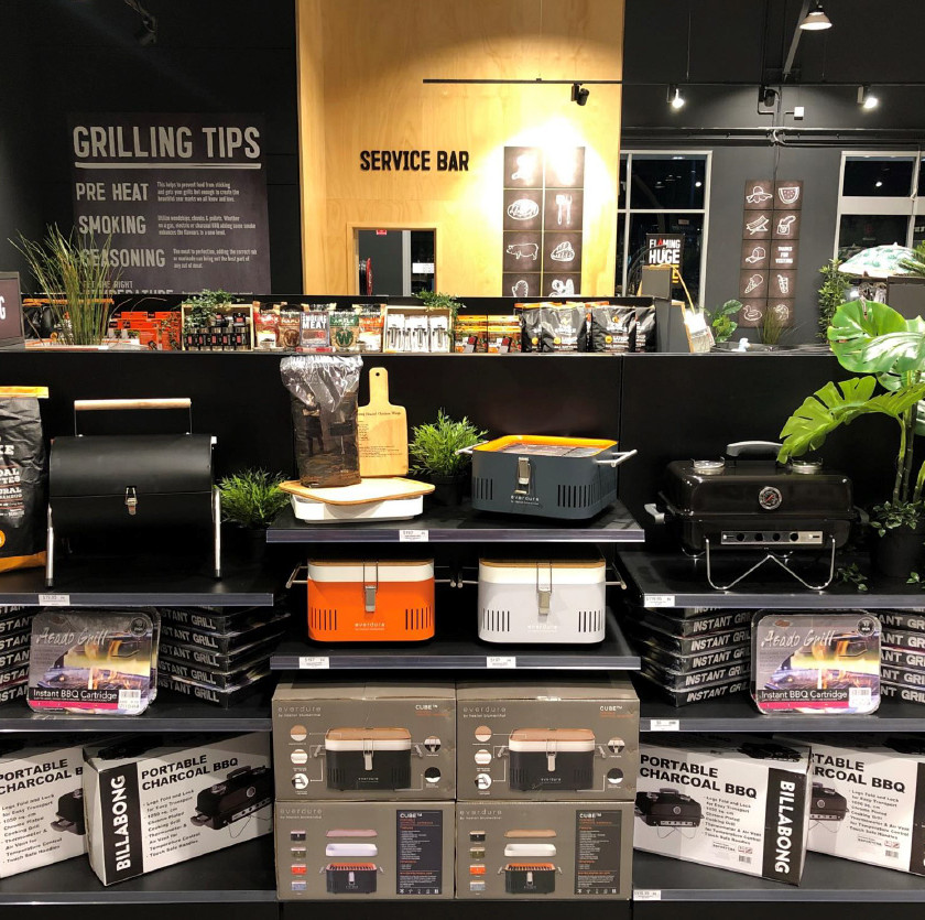 Portable BBQ store display, Barbeques Galore