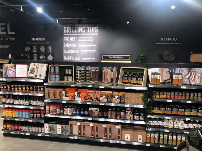 Barbeques-Galore-sauces-display-graphics