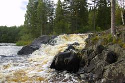 Tokhminsky-waterfall-1