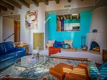 Santa_fe_condo_living_room2.JPG