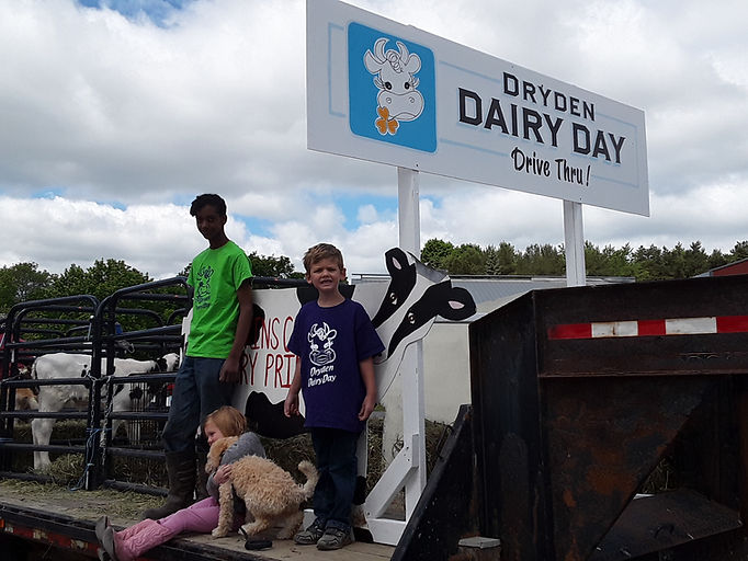 Dairy Day Drive Thru.jpg