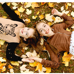 Fall Family Portraits at Laurelhurst Park in Portland, OR