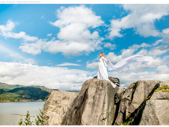 Maternity Portraits in Columbia River Gorge, OR
