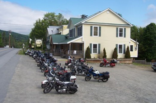 Motorcycles_parking_lot_gray_ghost_inn.J