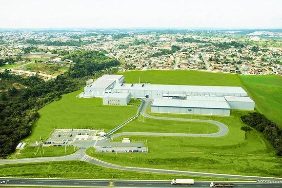 SIG Combibloc conta com qualidade e tecnologia da Zeppelin Systems para equipar sua fábrica Brasileira no recebimento de matéria prima
