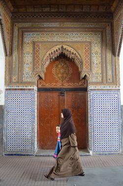 Gate in medina (II)
