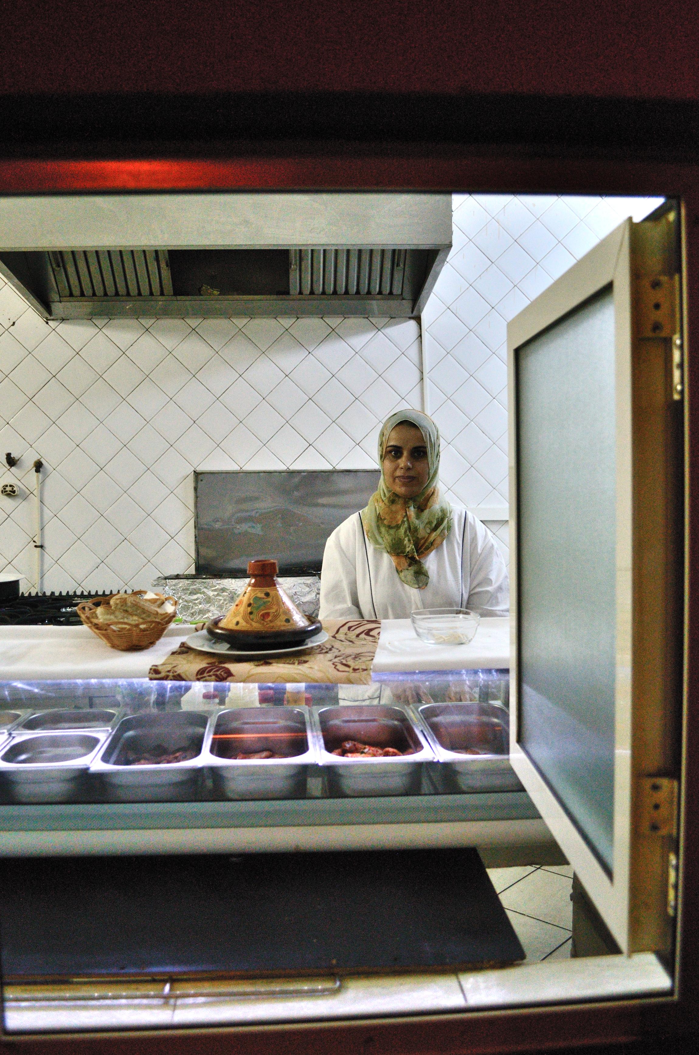 Mujer en cocina