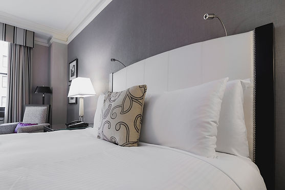 m_bright-hotel-room-bed_4460x4460.jpg