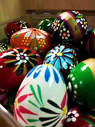 Souvenir Eggs International Delicacies Products