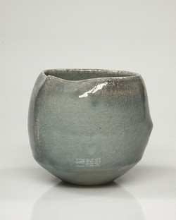 vessel (cup) 10b