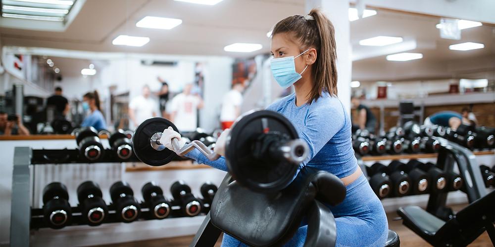 Узнав про QR-коды, посетители фитнес-центров начали требовать деньги за абонементы назад