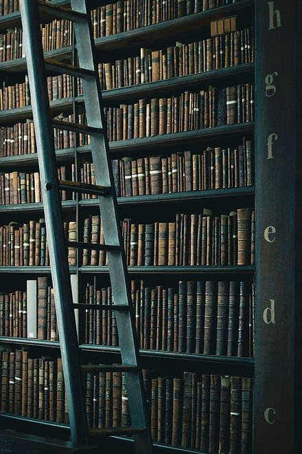 The%20Library%20of%20Trinity%20College_edited.jpg