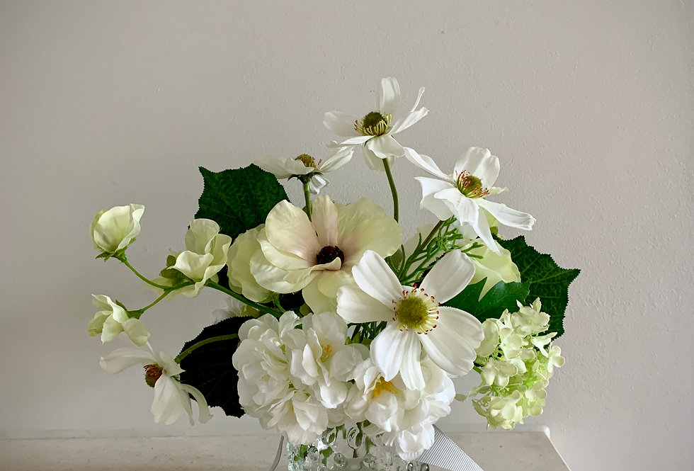 WHITE AND GREEN POSY JAR - LARGE