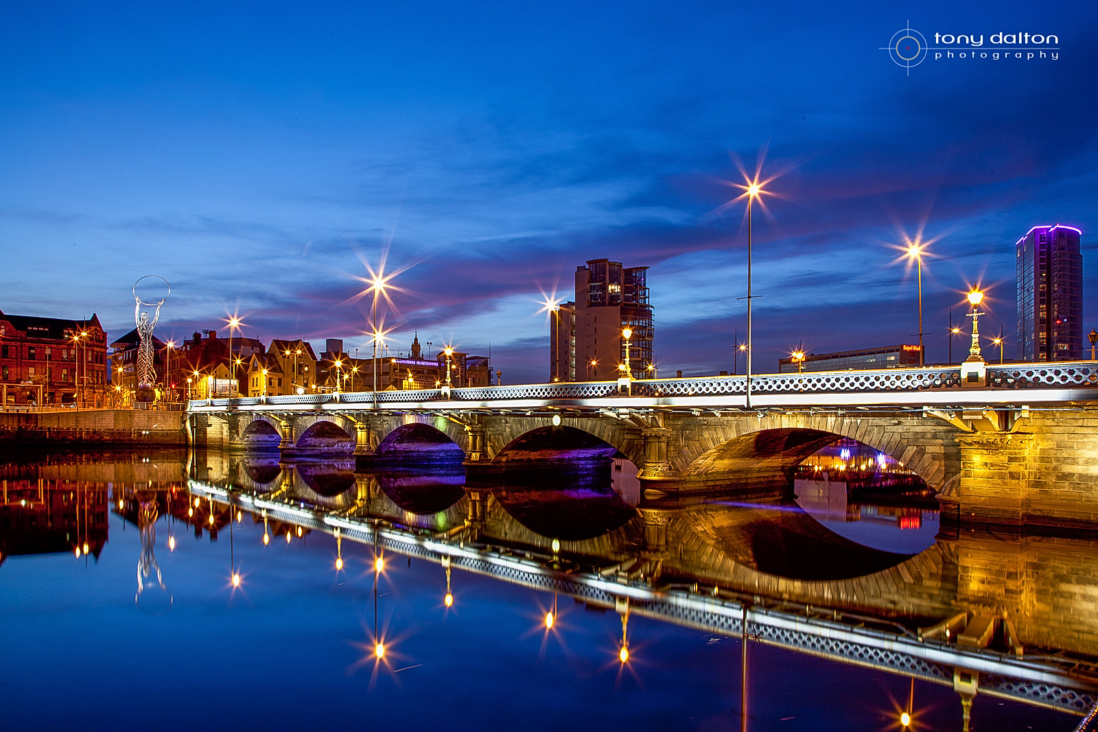 Queen's Bridge Belfast