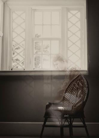 En attente près de la fenêtre, Ile Bonaventure, Québec, 2014