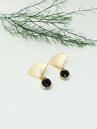 Earring Gold & black beauty