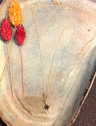 FLOWBILLIES Necklace Gold star