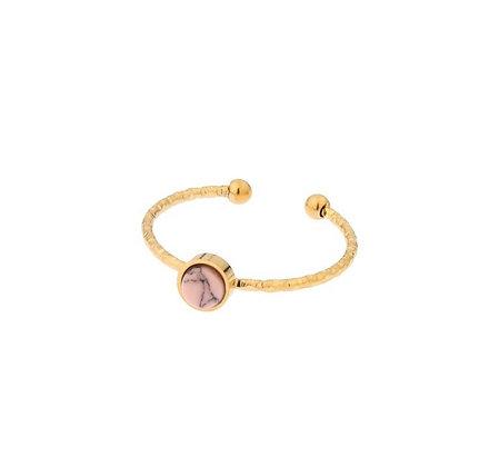 Ring round pink or black stone
