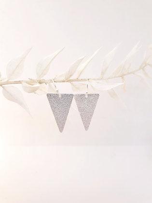 Oorbellen zilveren driehoekjes