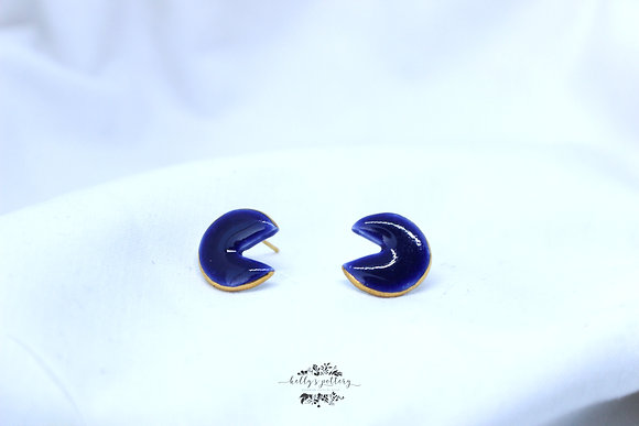 Porcelain earrings blue pacman