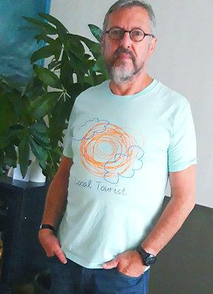 T-shirt 'Local Tourist'