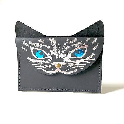 Etui leather 'Blue eyed cat'