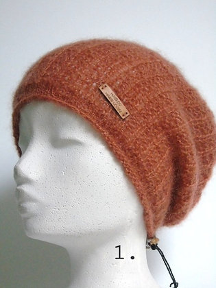 Hand knitted Hat Noor in 6 colors