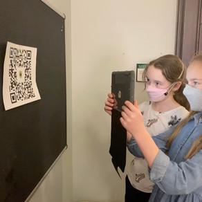 ACADEMICS: Middle School Scavenger Hunt