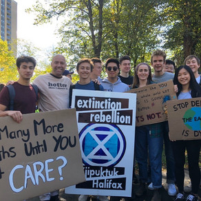 ACADEMICS: Grammar Students Strike for Climate Change