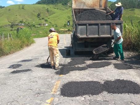 Prefeitura realiza operação tapa-buraco em seis bairros de Volta Redonda