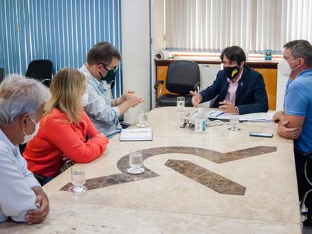 Samuca e deputado Antônio Furtado se reúnem para falar sobre combate ao coronavírus