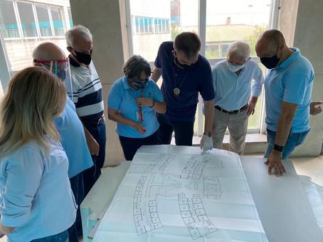 Ubirajara Vaz visita obras da Associação dos Aposentados