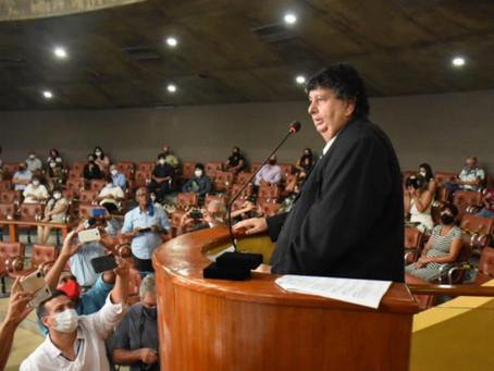 Antônio Francisco Neto toma posse pela quinta vez como prefeito de Volta Redonda