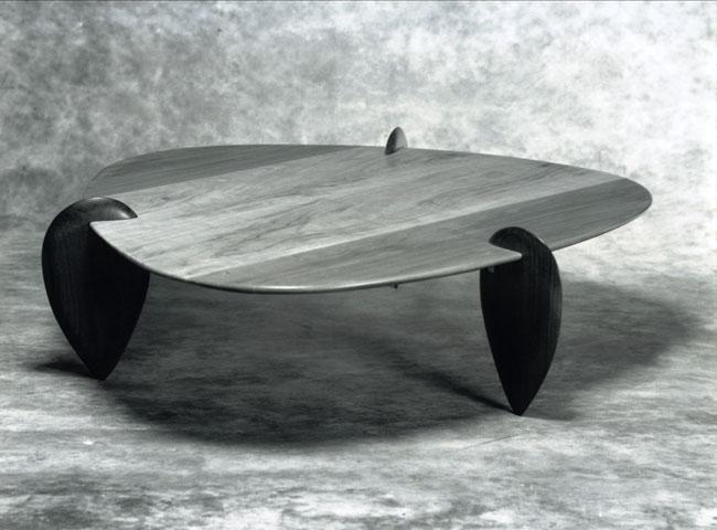 mesa-centro-amendoa