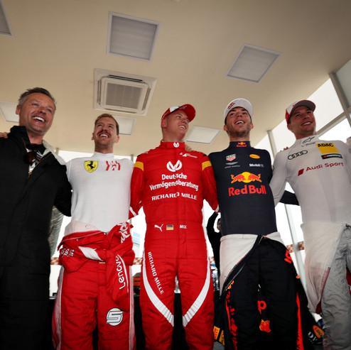 The drivers get excited before the ROC N