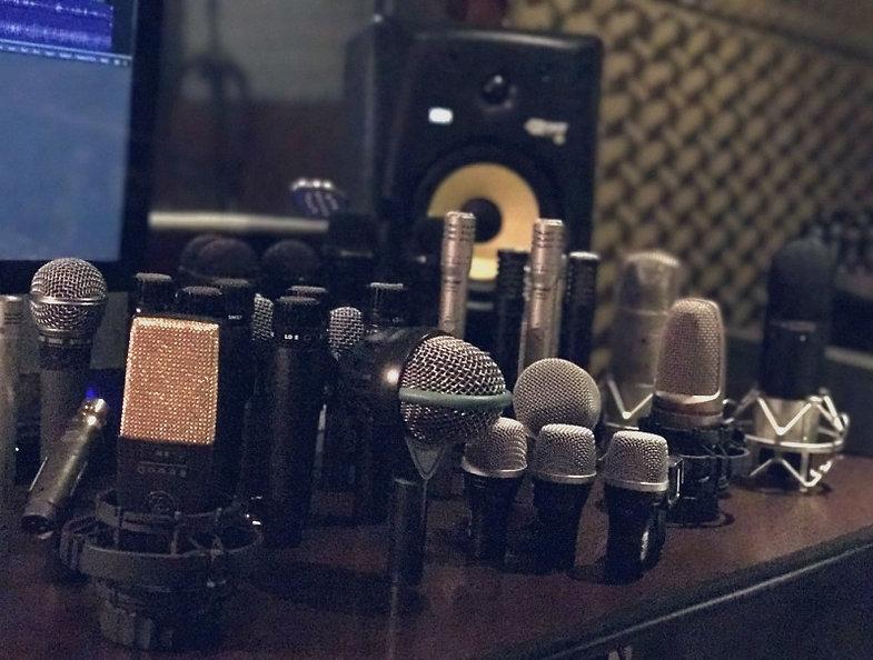 Presamos muito pela fidelidade nos audios produzidos.