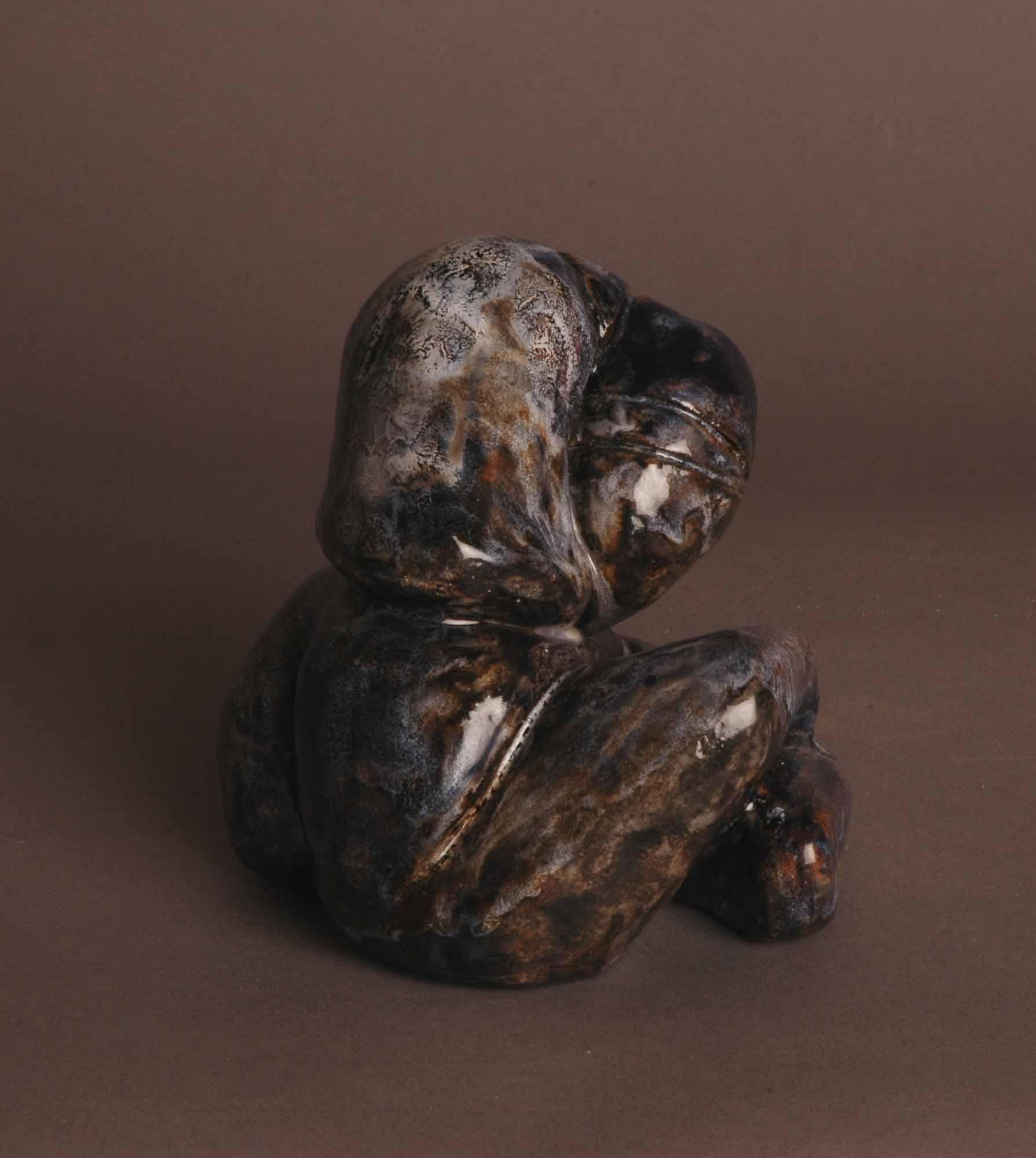 Petite femme agenouillée, 12x11x9 cm, photo Alexandra Coslin