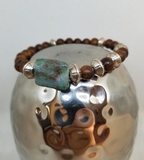 Ruby-Zoisitebead with woodbeadbracelet