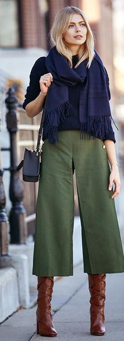 fashion week girl in cullotes