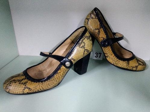 Sapato tipo princesa